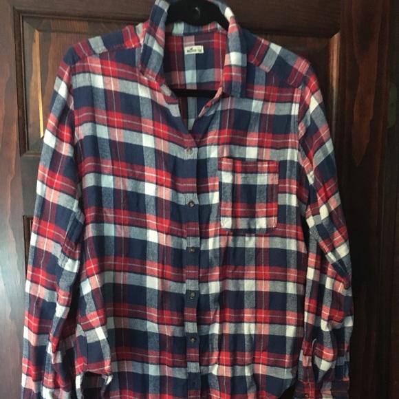 Hollister Tops - Hollister plaid  button down shirt (EUC)